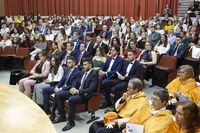 La UCLM graduó a su primera promoción de Derecho-Economía