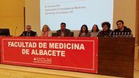 Debaten sobre el acceso justo al medicamento