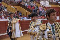 Robleño y Luque, a hombros en la primera de feria en Cuéllar