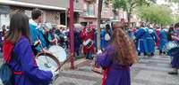 Tambores y paraguas de Jueves Santo en Tobarra