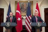 Erdogan (i) y Trump (d) en una foto de archivo de 2017