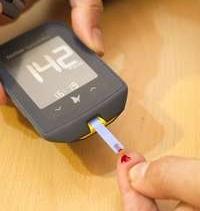 Imagen de un medidor de glucosa en sangre.