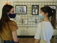 El Claustro acoge la exposición de arte del grupo Celda 19