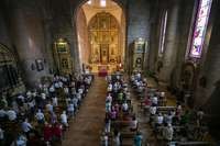 Numerosos fieles se acercaron a la iglesia para honrar al patrón,