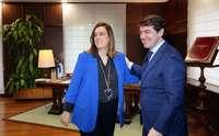 El presidente de la Junta, Fernández Mañueco, y la presidenta de la FRMP, Ángeles Armisén, a principios de año.