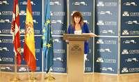 La procuradora de Cs Marta Sanz presenta la PNL para luchar contra la okupación ilegal.