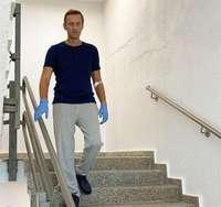 Navalni recibe el alta y médicos ven posible su recuperación