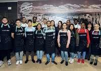 Mahou San Miguel facilita la inserción laboral de 15 jóvenes