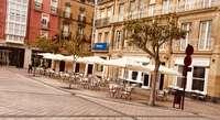 Una terraza en la Plaza Mayor de Haro.