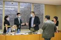 Representantes de los distintos grupos parlamentarios, en la Comisión de Reconstrucción.