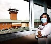 Milagros González en su despacho del Centro Penitenciario de Segovia