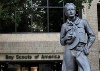 Boy Scouts se declara en quiebra para atender demandas de ab