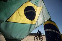 La OMS alerta a Brasil de que aún no ha alcanzado el pico
