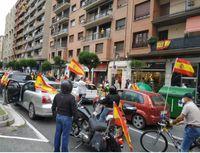 Vox moviliza en Logroño 300 vehículos en contra del Gobierno