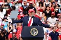 Trump promete crear empleo para los latinos si es reelegido