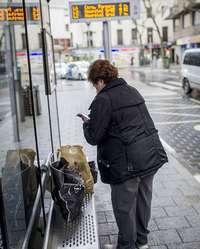 Los retos de las paradas accesibles y los autobuses a gas