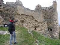 Santa Gadea necesita 120.000 euros para salvar su muralla