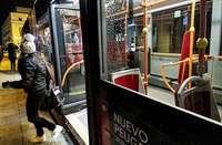 Las mujeres podrán bajar del bus donde quieran por la noche