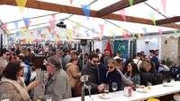 La plaz es el gr núcleo de la fiesta de Villarrobledo