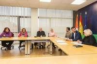 El secretario autonómico del PSOE y portavoz en las Cortes, Luis Tudanca, se reúne con representantes de la Coordinadora de las Plataformas en Defensa de la Sanidad Pública.