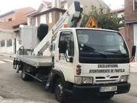 Pantoja incorpora un camión cesta al parque móvil municipal