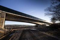 10 viaductos y 8 túneles para el AVE de Pancorbo y Vitoria