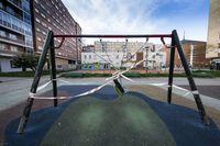 Los parques infantiles permanecerán cerrados