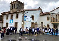 Familiares y amigos de la familia Sainz-Maza protestaron hace unas semanas en el Centro de Salud de Espinosa.