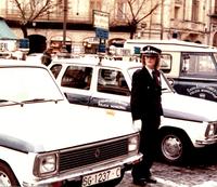 La mujer en la Policía Local de Segovia. Conchi Gómez y Alicia Ortega, las pioneras, en 1980.