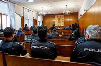 El juicio de Segovia ha sentado en el banquillo a doce personas, entre ellas el mirandés David D.J.