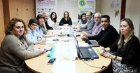 Reunión antes de la pandemia de los grupos que participan en el proyecto 'Más empresas, más empleo'.