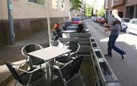 Terraza en Ponferrada (León), donde está cerrado el interior de los establecimientos hosteleros.