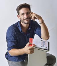 El científico y divulgador Javier Santaolalla.