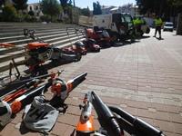 Compran 18.000 euros de maquinaria para limpiar los parques