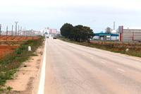 Entrada a Villamalea por la carretera CM-3226, junto a la que se habilitará un carril bici.