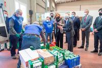 Visita de la Reina Sofía al Banco de Alimentos