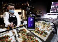 ¿Abrir la hostelería incide en el aumento de contagios?