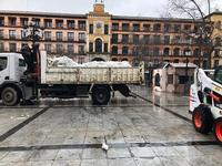 Retirada la nieve acumulada que quedaba en Zocodover