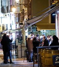 Imagen del exterior de un bar de Burgos.