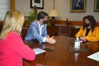 Cabañero y la diputada provincial valenciana Mentxu Balaguer