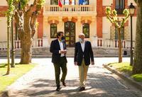 Fernández Mañueco y Carnero, en la sede de la Presidencia de la Junta.