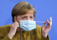 Merkel ve necesario el toque de queda en zonas con alta IA