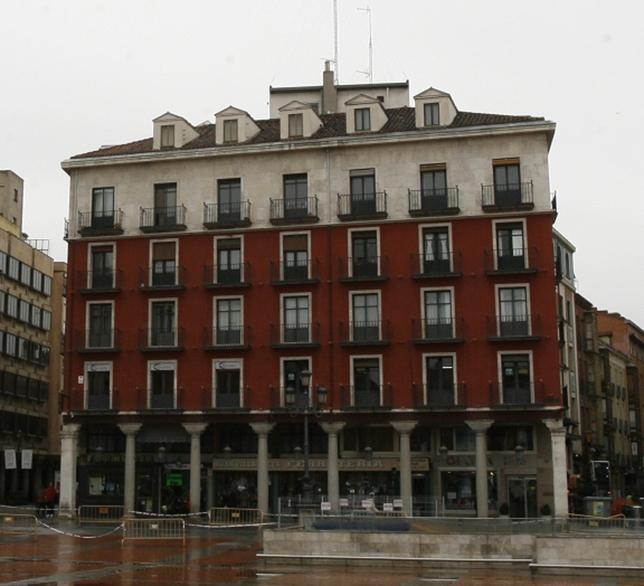 Bloque de la Plaza Mayor, donde estaba los Almacenes Javier, casi conSantiago.