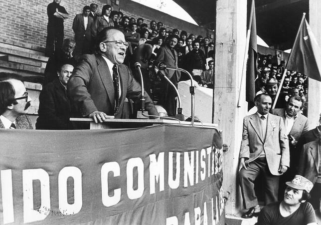 El día que Carrillo pidió lavar el nombre de Burgos | Noticias Diario de  Burgos