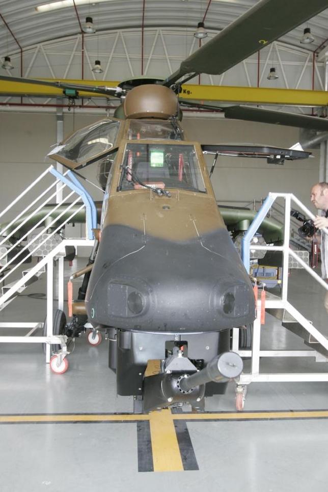Base de Helicópteros Tigre en Almagro /Fotos Rueda Villaverde