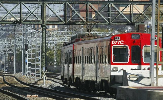 Un tren en la estación del Campo Grande. El Día de Valladolid