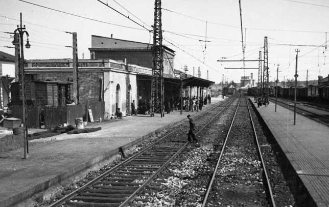La primera estación de trenes de Ávila se levantó entre los años 1862 y 1863. Archivo J.L. Pajares