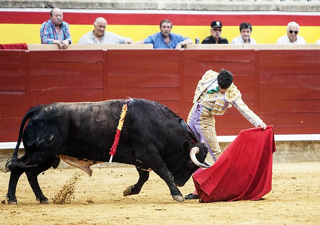 La naturalidad en el toreo al natural de Martín Escudero.