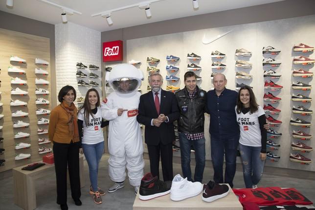 Las zapatillas urbanas de 'Foot on Mars' estrenan tienda en