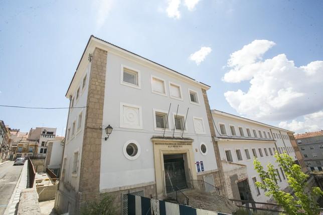 Imagen de la fachada del Instituto Alfonso VIII.